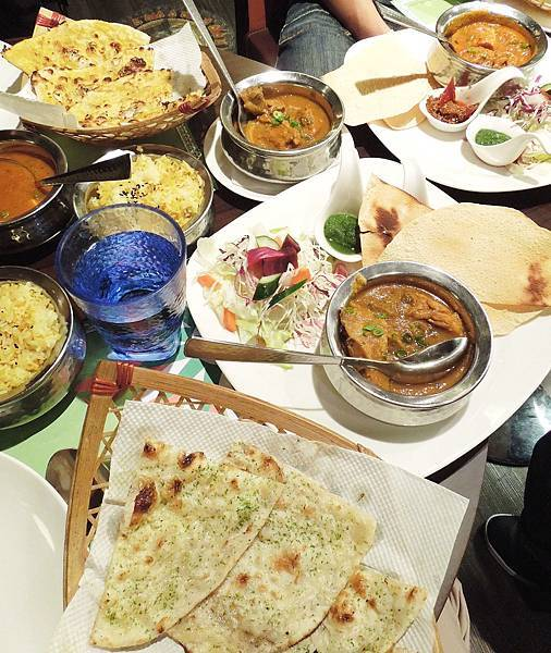 台北,馬友友印度廚房,85分。