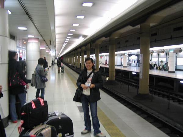 070406初到東京--搭乘京成Skyline前夕-01