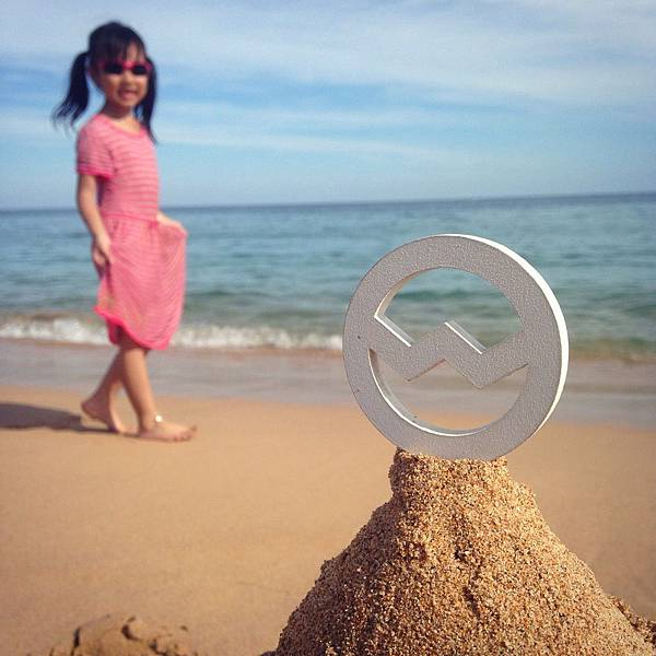 OGG-小女孩漫步澎湖山水海灘