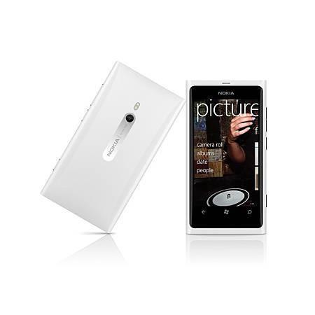 簡約時尚的代表Lumia 800搭載Windows Phone 7.5作業系統