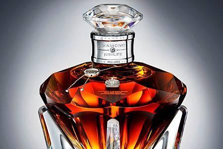 John Walker & Sons匯集八大頂級工藝打造Diamond Jubilee限量典藏版蘇格蘭威士忌 歡慶英國女王伊莉莎白二世登基鑽禧