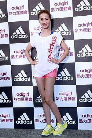 adidas2013女性健身訓練系列年度代言人蔡依林