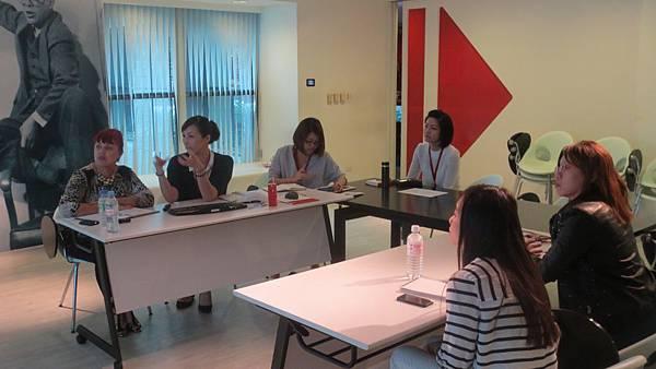 SHARES&Content Workshop (7).JPG