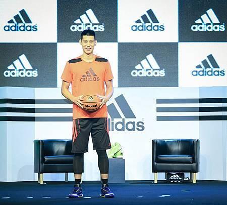 adidas旗下NBA超級巨星-洛杉磯湖人隊後衛林書豪展開「adidas x 林書豪 決戰夏日」台灣行程