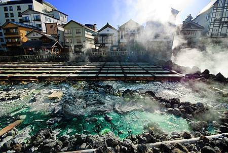 圖3:草津温泉廣佈於海拔1200公尺的高度而聞名.jpg