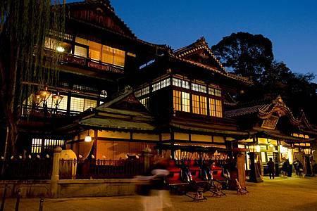 圖9: 「道後溫泉本館」,被指定為日本國家重要文化財產之一.jpg