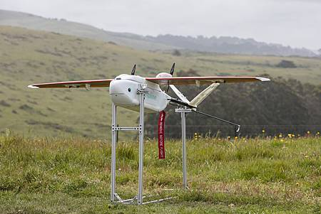 【新聞參考圖片】UPS參與人道救援物流的Zipline無人機.jpg
