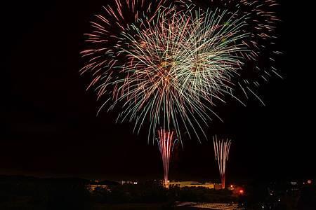 圖7: 入間川七夕祭的「納涼煙火大會」是每年日本七夕一大亮點.jpg
