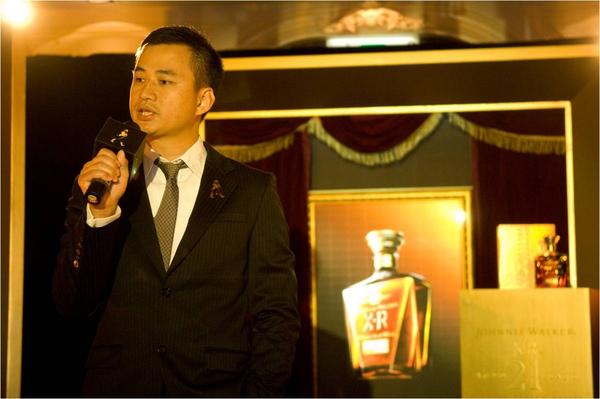 JOHNNIE WALKER XR 21年蘇格蘭威士忌榮耀上市.jpg