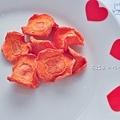 ★花兒般美又營養的紅蘿蔔乾(貓狗鼠兔寶及人都可以吃)