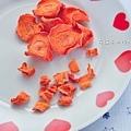 ★花兒般美又營養的紅蘿蔔乾(貓狗鼠兔寶及人都可以吃)狗狗可以選大size,貓咪、免子、鼠寶可以選小顆粒的