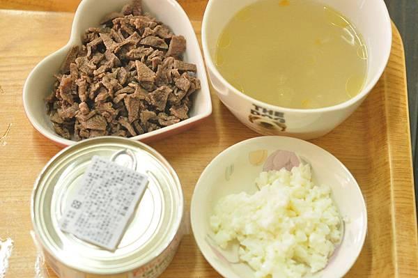 牛肉蛋白拌雞湯主食罐