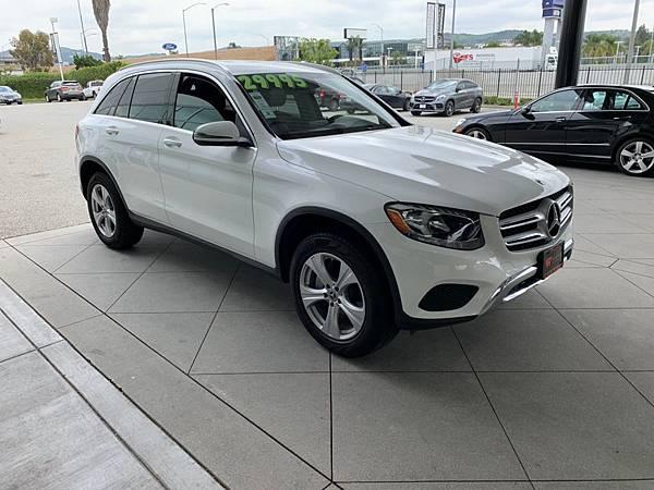 2018 Mercedes Benz GLC300 VIN_JV076335_200423_0038.jpg