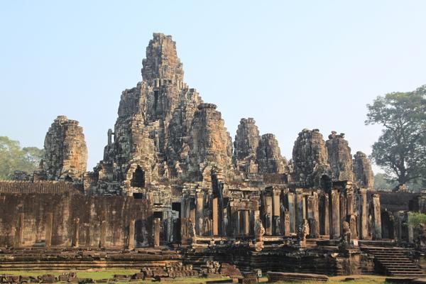 柬埔寨沒有地震和颱風也是古蹟保留完整的重要因素之ㄧ
