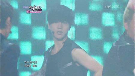 【1080P】Super Junior- Sexy,Free&Single (27 July,2012) - YouTube(1)[10-01-58]