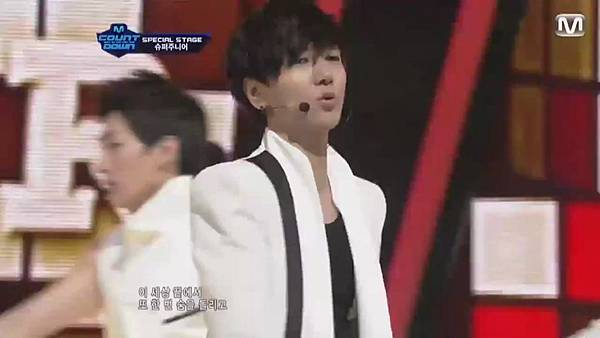 【HD 720p Live】120802 Super Junior - Sexy, Free & Single + SPY (Special Stage) @ M! Countdown - YouTube.mp40976