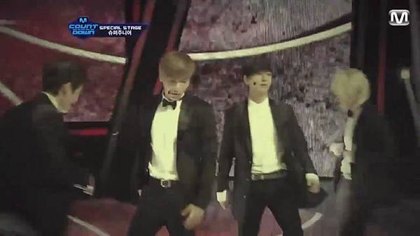 【HD 720p Live】120802 Super Junior - Sexy, Free & Single + SPY (Special Stage) @ M! Countdown - YouTube.mp42305