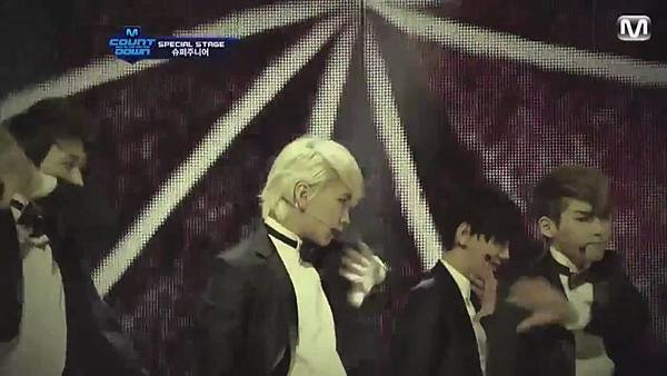 【HD 720p Live】120802 Super Junior - Sexy, Free & Single + SPY (Special Stage) @ M! Countdown - YouTube.mp42050