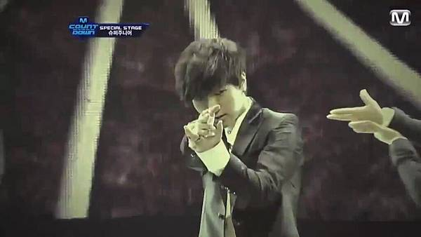 【HD 720p Live】120802 Super Junior - Sexy, Free & Single + SPY (Special Stage) @ M! Countdown - YouTube.mp42353