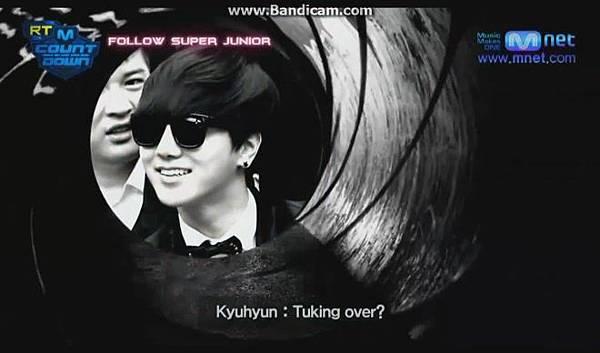 120816【ENG】MCountdown 後台 - Super Junior ComeBack(官網版) - YouTube[19-53-34]