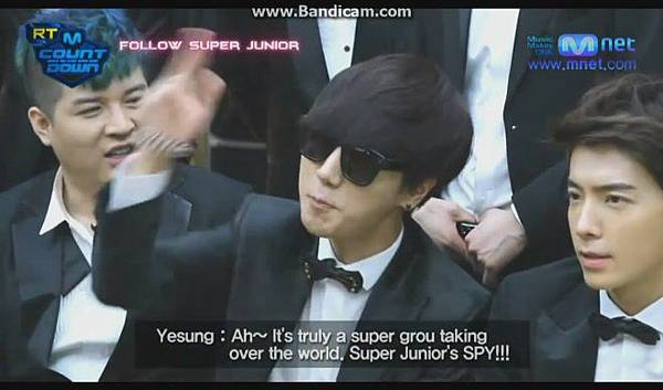 120816【ENG】MCountdown 後台 - Super Junior ComeBack(官網版) - YouTube[19-53-50]