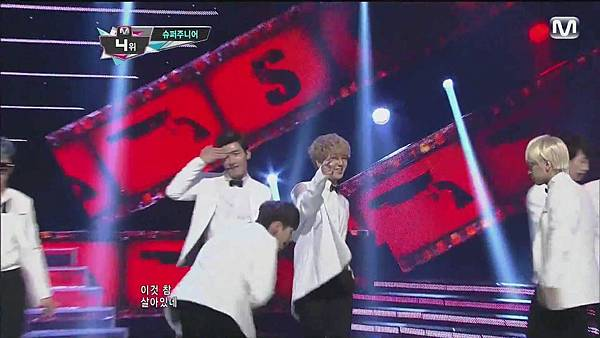 120830 SUPER JUNIOR - Sexy, Free & Single + SPY @ M countdown Special Stage - YouTube.mp40153