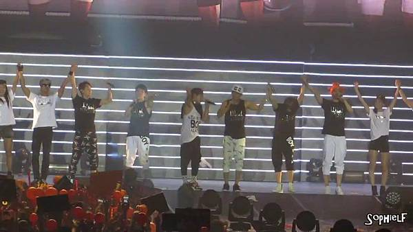 [Fancam] 130608 Shinhwa in Hong Kong - Encore Part 2[09-30-21]