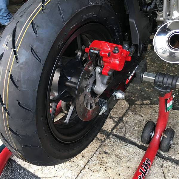 msx換輪胎