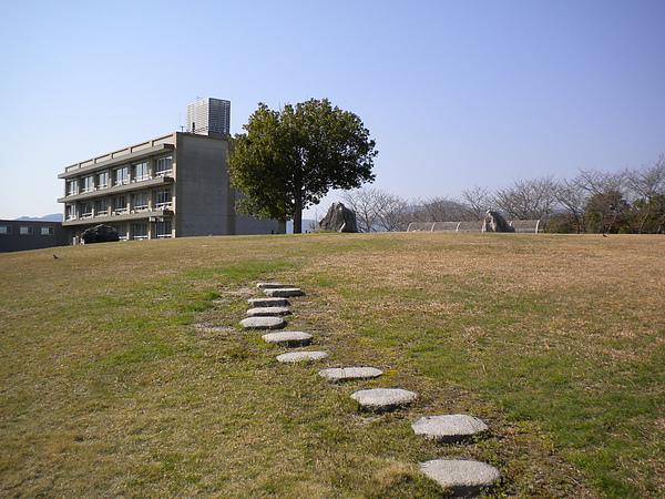 校園一角~第一食堂前方.jpg