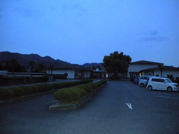附屬校區,在學校之外.jpg
