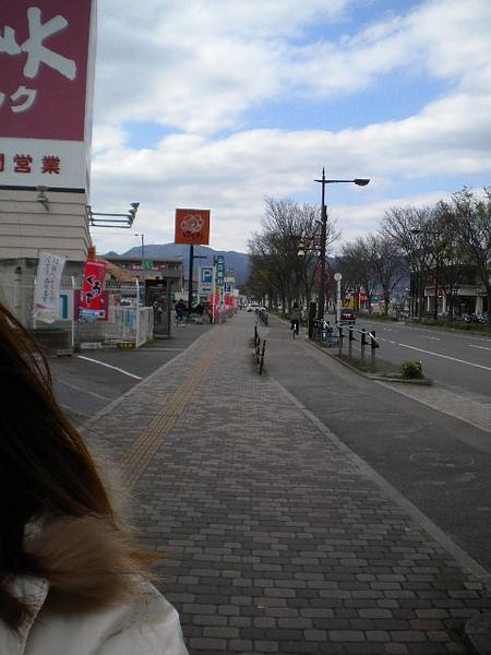 往溫泉街火車站.jpg