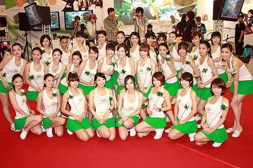 东京电玩展(Tokyo Game Show),也简称为TGS,是在日本千葉市幕張展覽館(幕張メッセ)举办的大型视频游戏展览。东京电玩展的内容以各类游戏机及其娱乐软件、电脑游戏以及游戏周边产品为主。第一届东京电玩展在1996年举办,至今已经发展成为亚洲最大的游戏展览会。