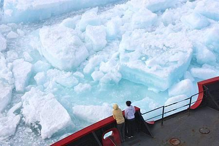 暖化影響 北極海冰面積連2年創新低01