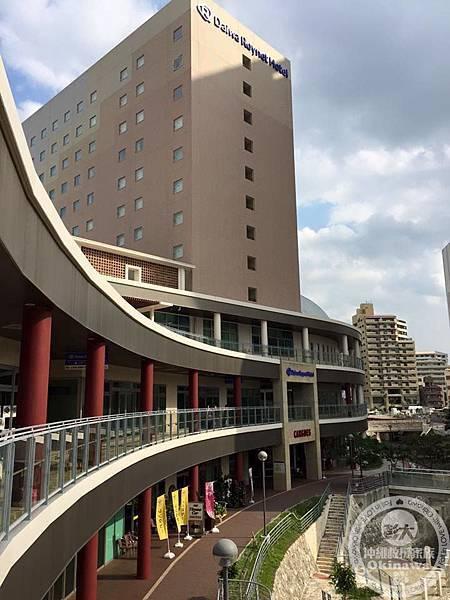 大和魯內-牧志車站(3).jpg