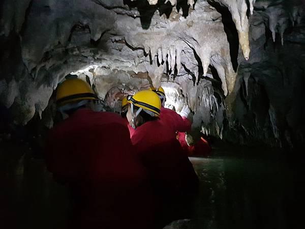 洞窟探險篇(40).jpg