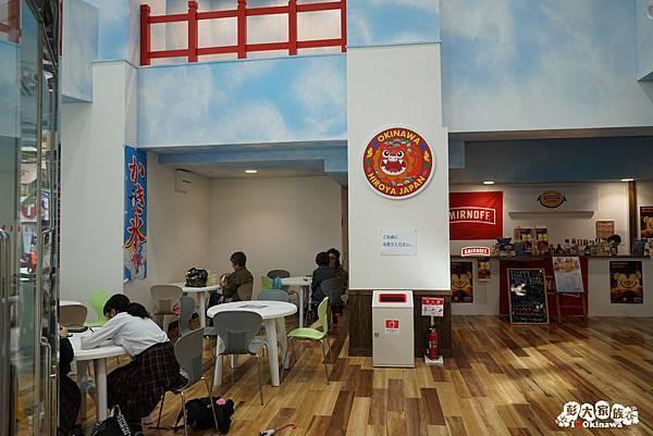 國際通  琉球王國市場1樓座位區01.jpg