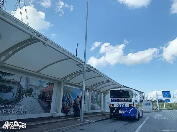 那霸空港國際線 1號站牌 租車公司巴士接機站