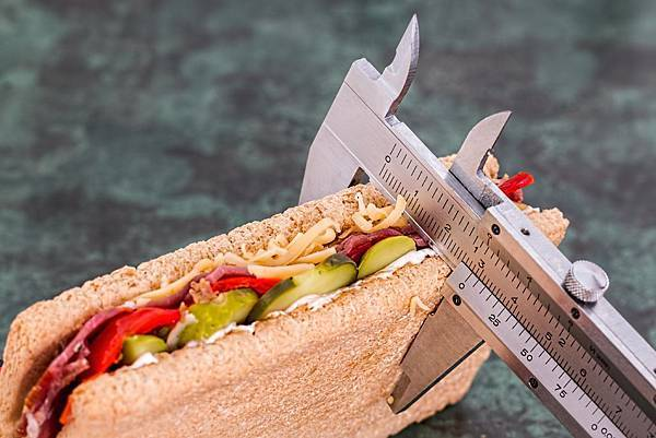 calories-diet-food-37417.jpg