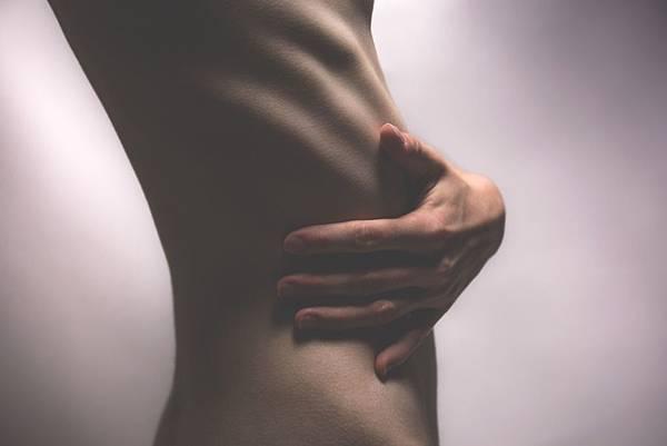 body-female-hand-112327.jpg