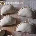 山東海陽(中國大陸)-燙麵包子製程(包法)7.jpg