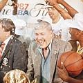 1987年奪冠軍後的 Jerry Buss