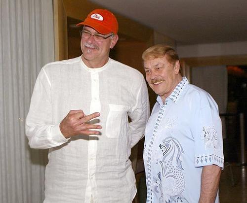 Phile Jackson 與 Jerry Buss