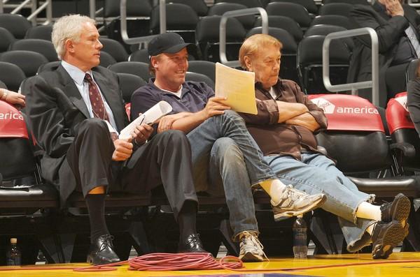 湖人總管 Mitch Kupchak 與兒子 Jim Buss, Jerry Buss