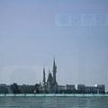 京葉線から見る東京ディズニーランド