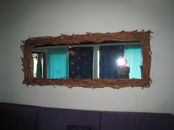 10/27 客廳的鏡子