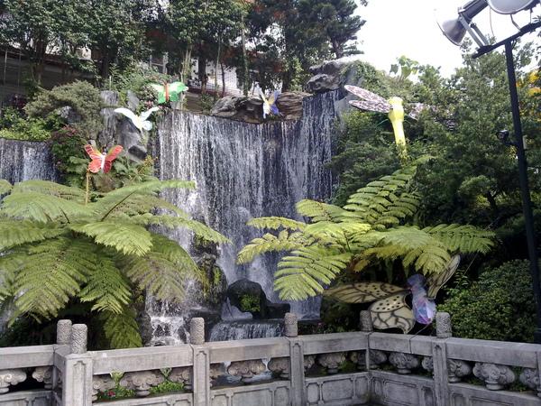 龍山寺瀑布.jpg