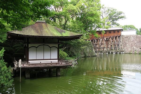 紅葉溪庭園鳶魚閣