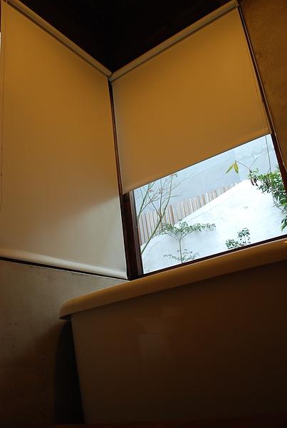 小屋子浴室03.JPG