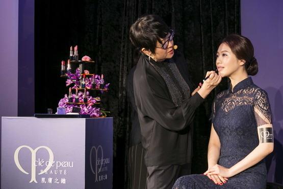 IMG_6851 肌膚之鑰2017秋冬彩妝上市記者會-大久保老師示範照.JPG