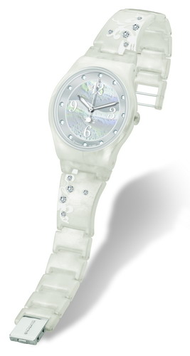 swatch_white feelings.jpg